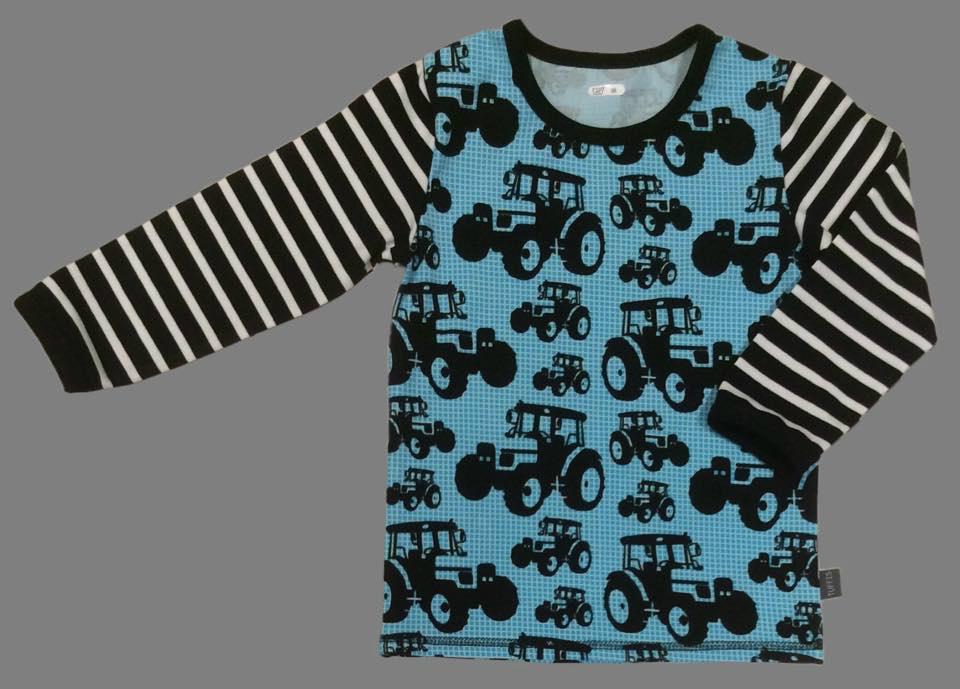 Barnkläder med traktorer